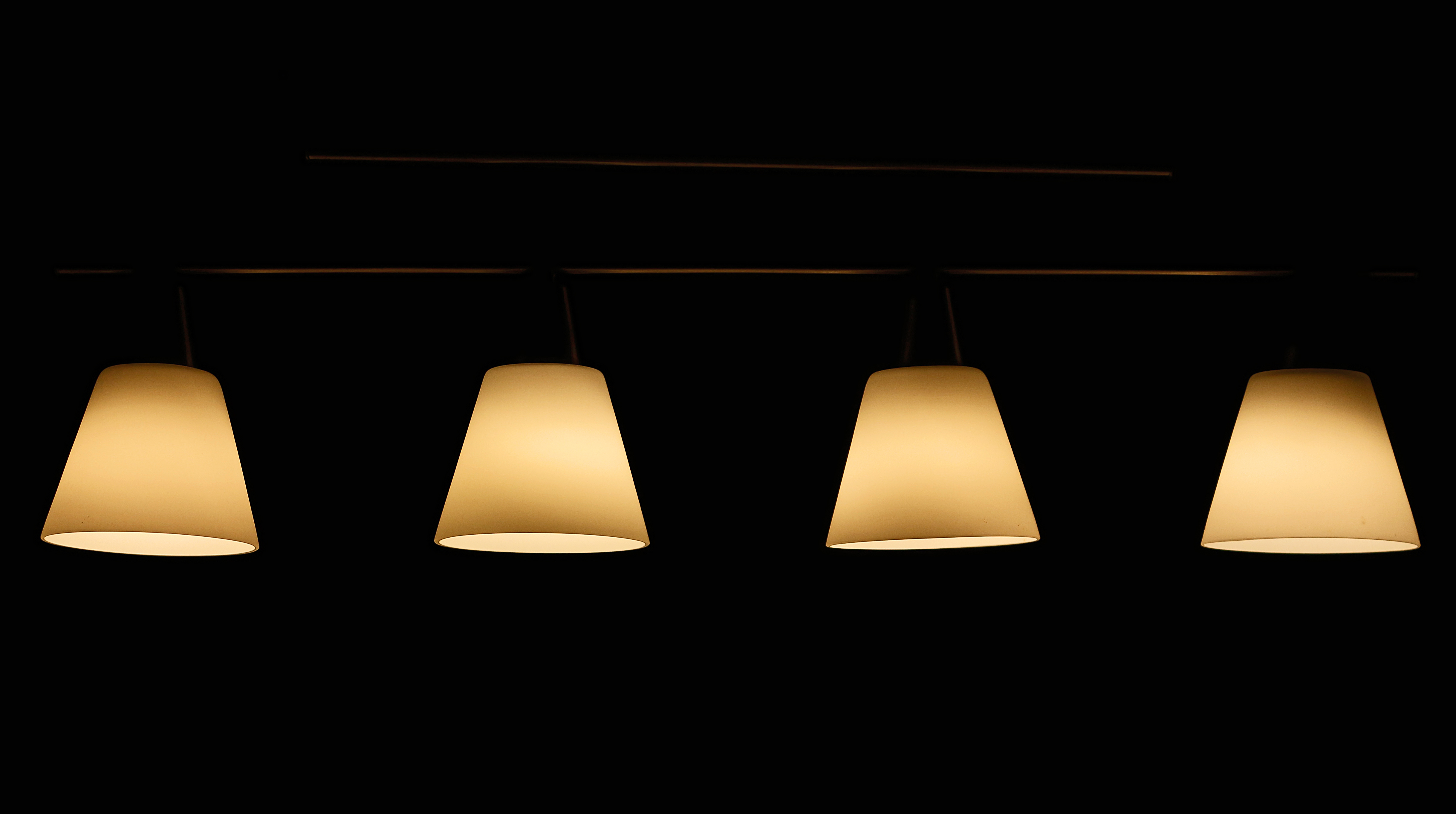 4 lampes abat jour abat jour agencement. Black Bedroom Furniture Sets. Home Design Ideas